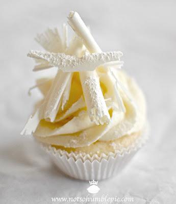 Not So Humble Pie: White Christmas Cupca... : 【ホワイト ...