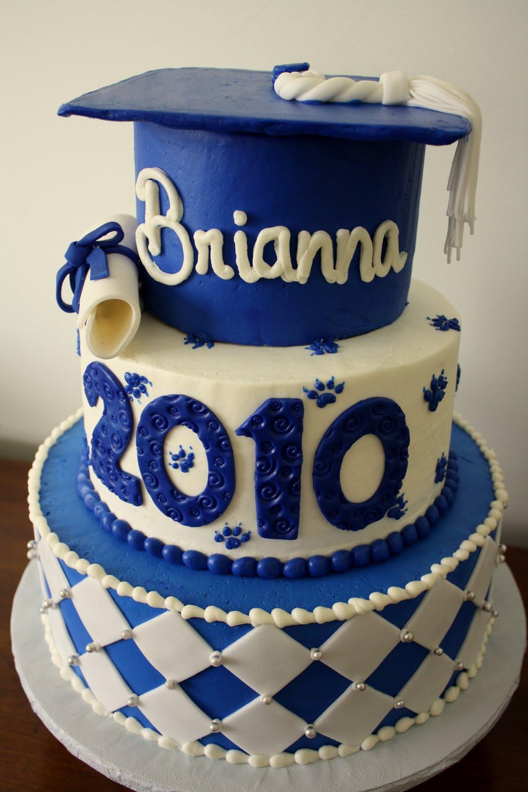 Claudine Graduation Cakes