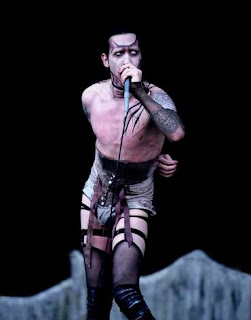 marilyn manson fashion disaster