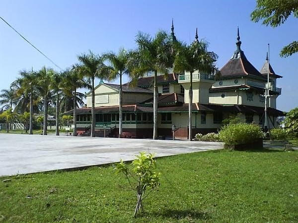 Java Tourism Blog Mosque Keraton Sambas