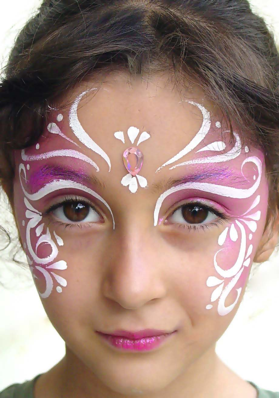Homenge: Face Painting Design