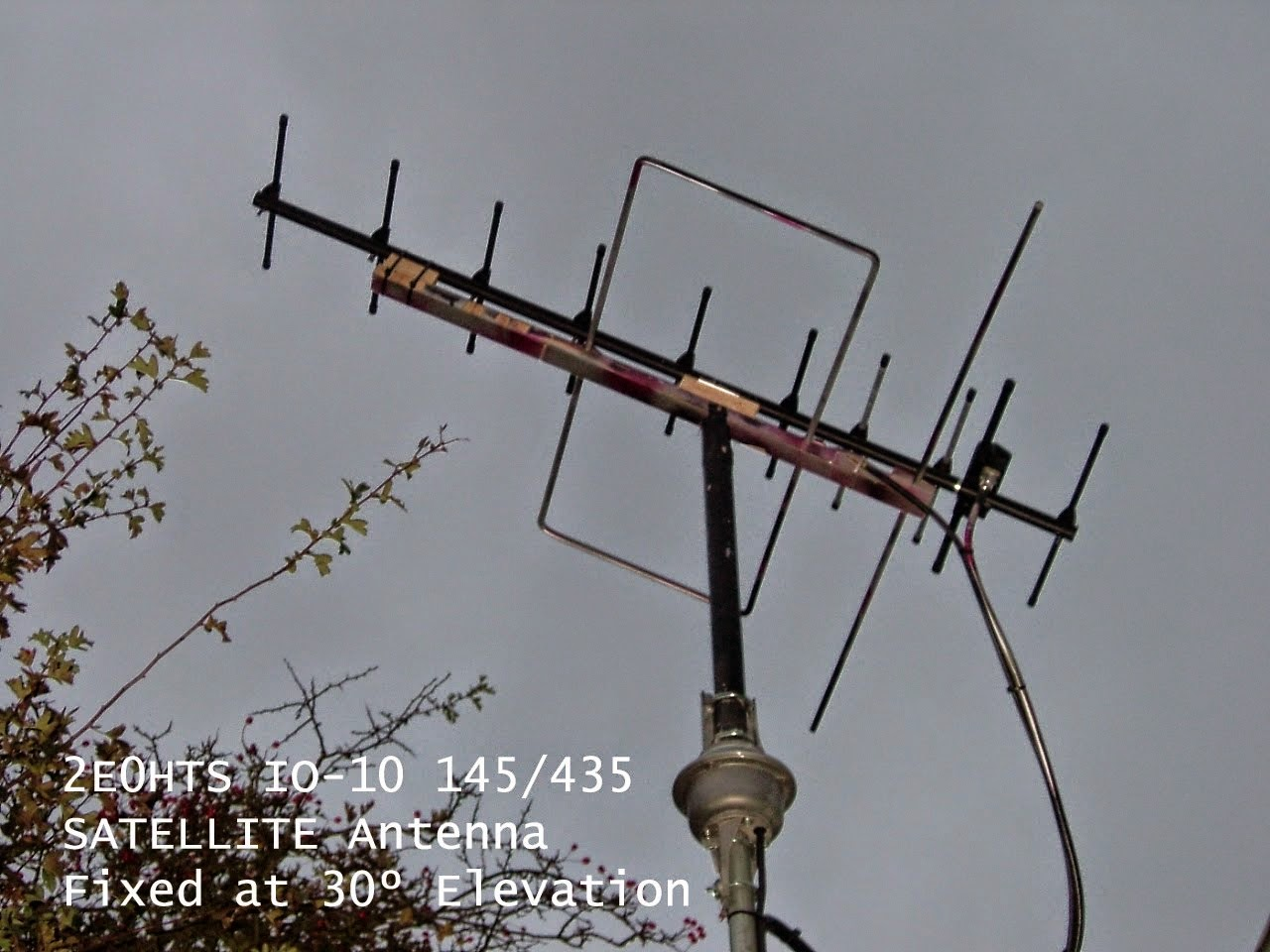 Completely Antenna for amateur sattelite