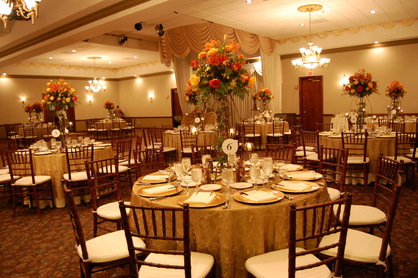 Brown And Gold Wedding Ideas: Jessica's Events : Esther & Hector's Wedding