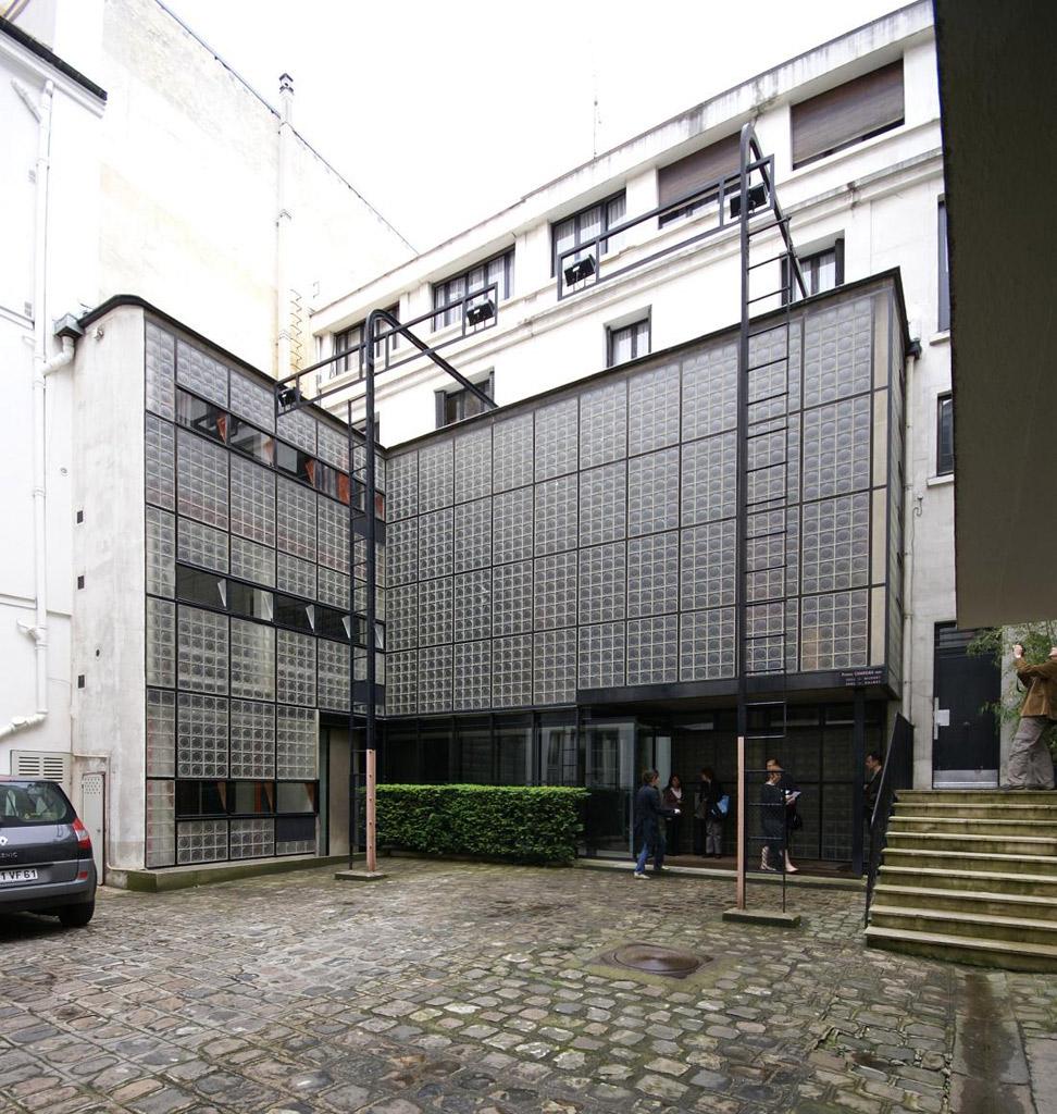 el primer loft moderno la maison dalsace du verre de p chareau y b bijvoettop webs de. Black Bedroom Furniture Sets. Home Design Ideas