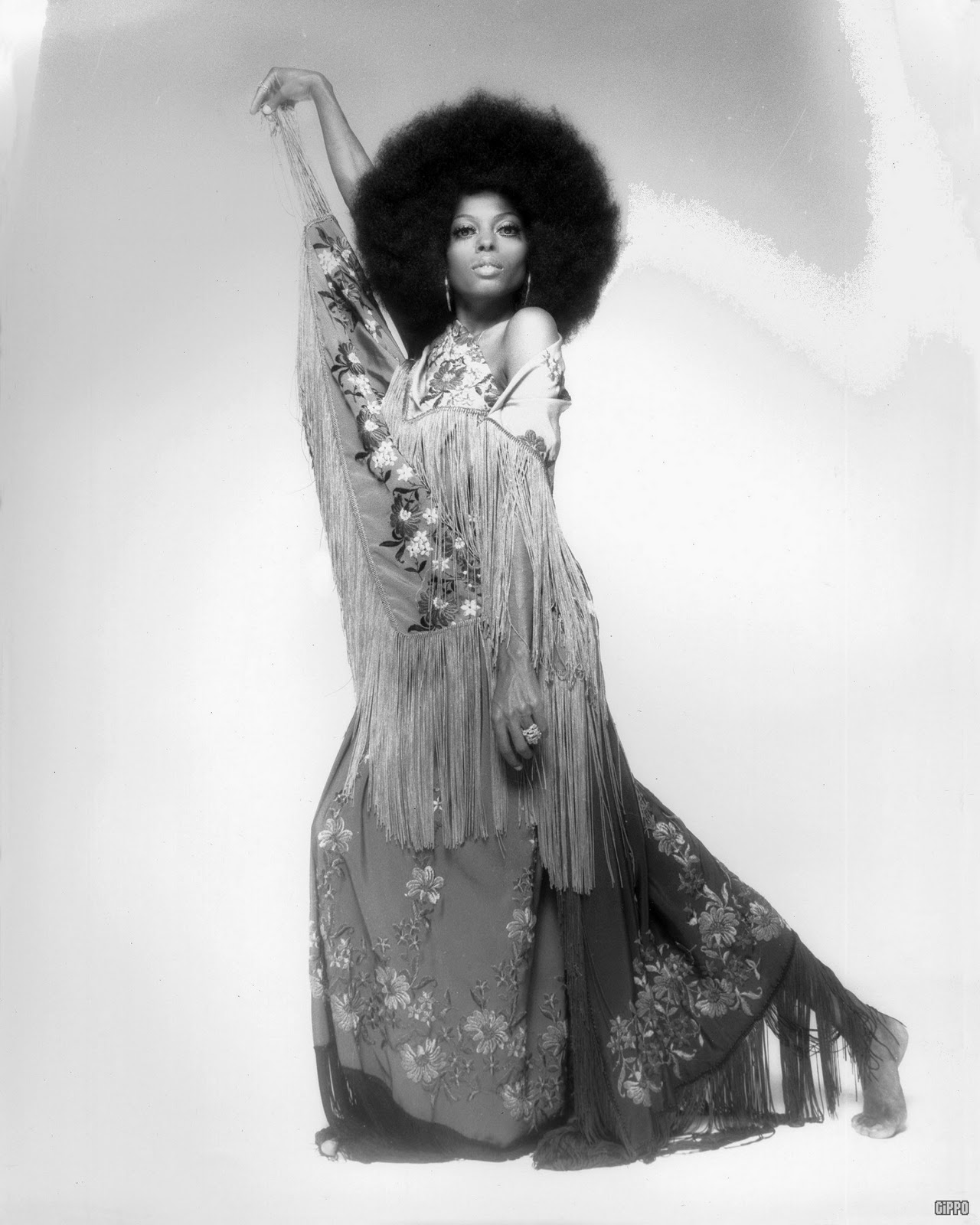 "DZTURBIN B.HAVIOR INC.: FEATURED LOOK: ""THE AFRO"""