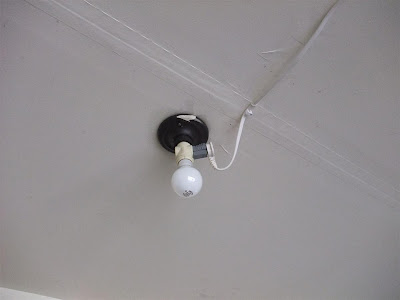 existing garage light bulb, how to fix