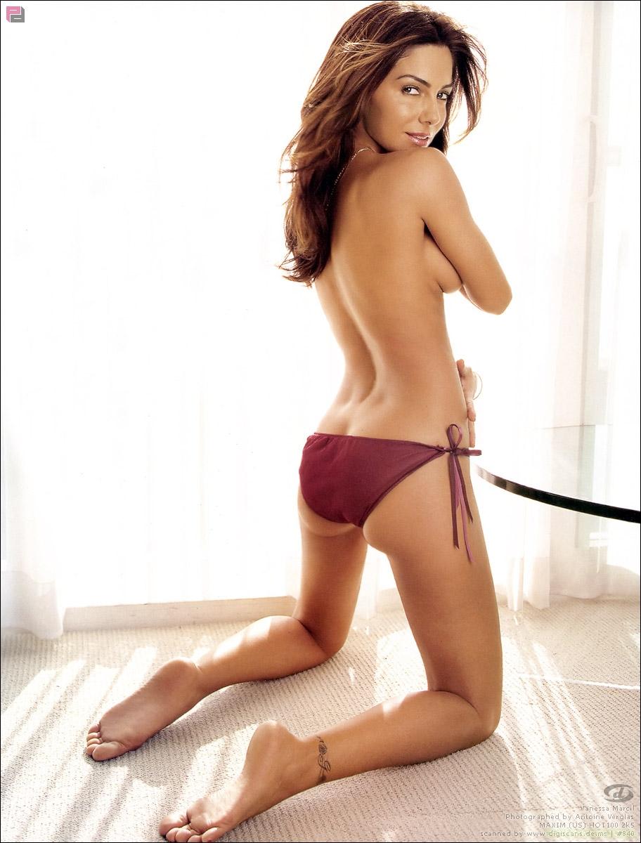 Hard body nude pics