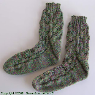 Interwoven Leaves socks