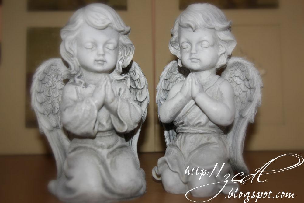 f7490e10a ... som si odpustiť...musela som si kúpiť do zbierky týchto pre mňa  nadherných (pre niekoho hrozný gýč) anjelikov....a to srdiečko som proste  musela mať :)