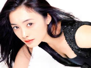 http://3.bp.blogspot.com/_XhrRZ1D_S88/SV7OKGDKXhI/AAAAAAAACu4/67OaWk6i5TU/s320/yuki5.jpg
