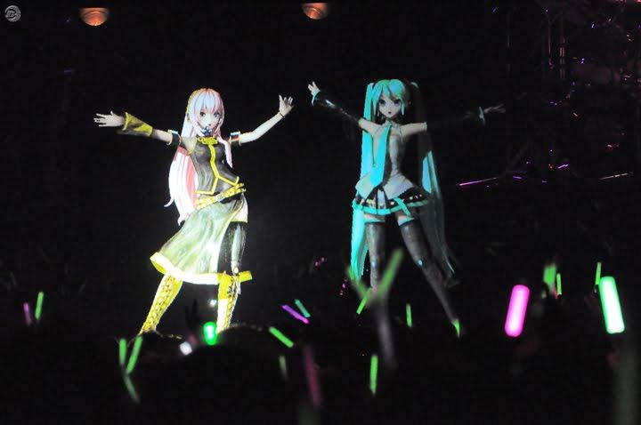 Hatsune Miku And Friend In Concert