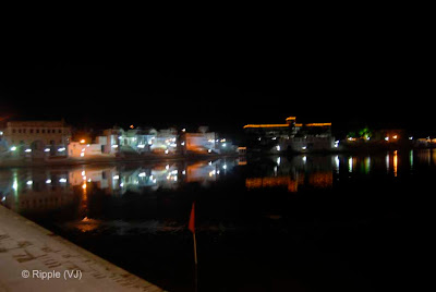 Posted by Ripple (VJ) : Pushkar Night View: Lights on the sides of Pushkar Lake...