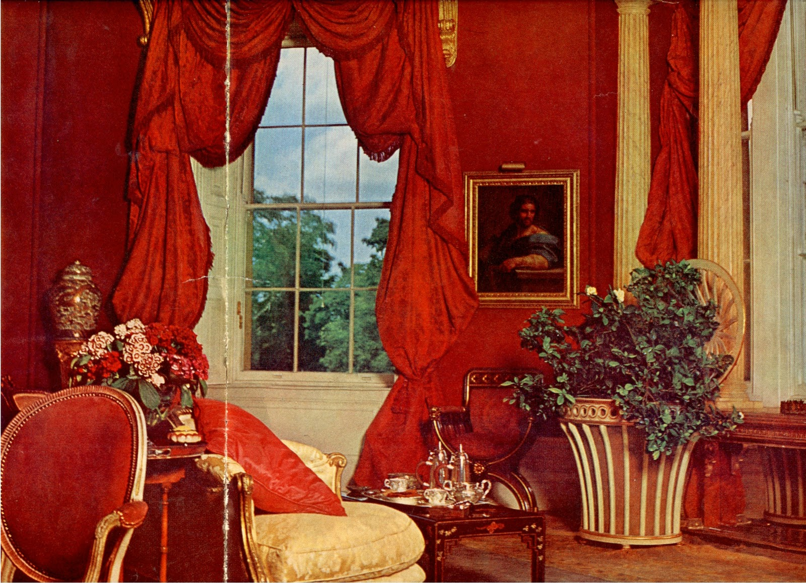 Red Rooms Decorating Story Of My Life In Praise Of The Red Room Lesley Blanch