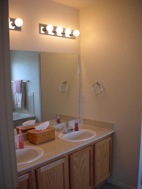Our DIY budget bathroom remodel - before photo