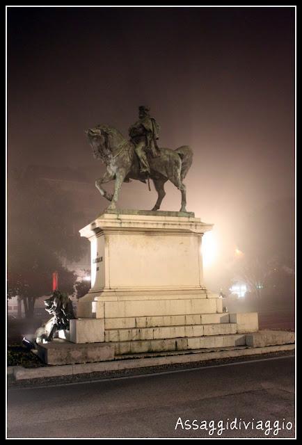 Brescia con la nebbia