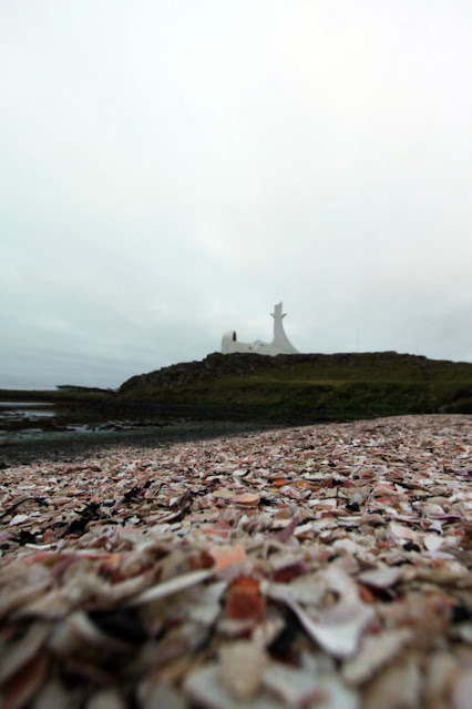 Stykkisholmur-Spiaggia e chiesa