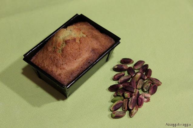 Plumcake ai pistacchi