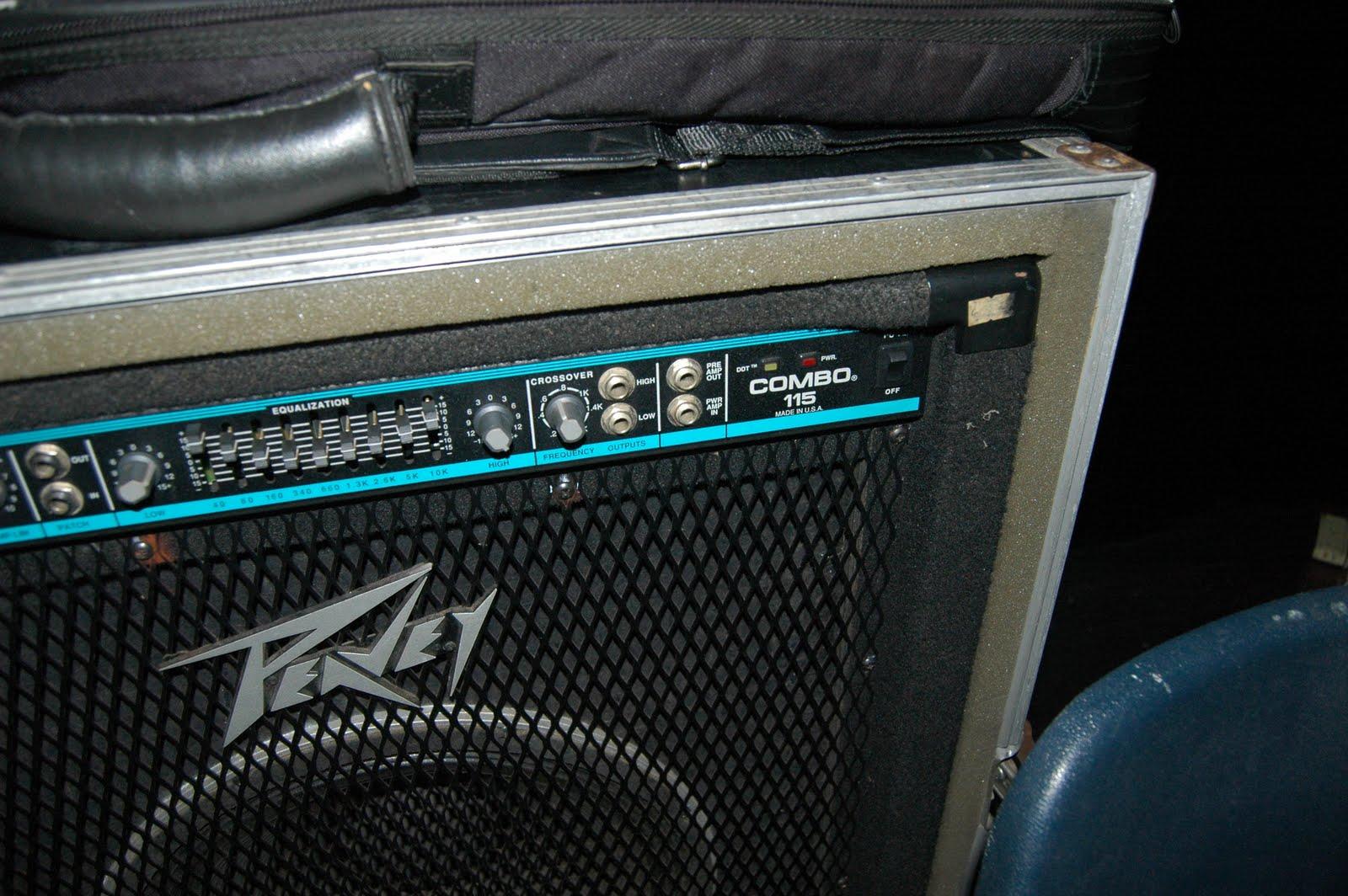travellers sound rental peavey combo 115 bass amp. Black Bedroom Furniture Sets. Home Design Ideas