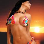 Andrea Rincon - Selena Spice – Fotos En Bikini Foto 8