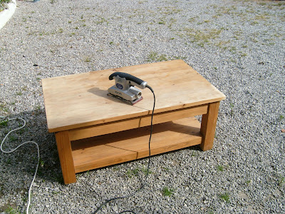 myriam bouin tapissier d corateur table de salon. Black Bedroom Furniture Sets. Home Design Ideas