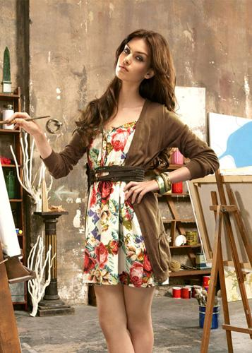 b23c946c3 Catálogo Stradivarius Primavera-Verano 2010 - Canal Chic
