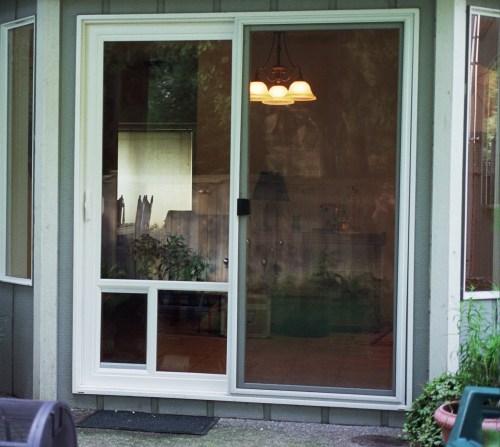 Patio Door With Dog Door Installed: LAMBORGHINI: Patio Pet Doors