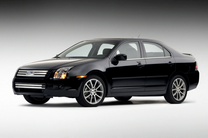 go green with 2011 ford fusion hybrid. Black Bedroom Furniture Sets. Home Design Ideas