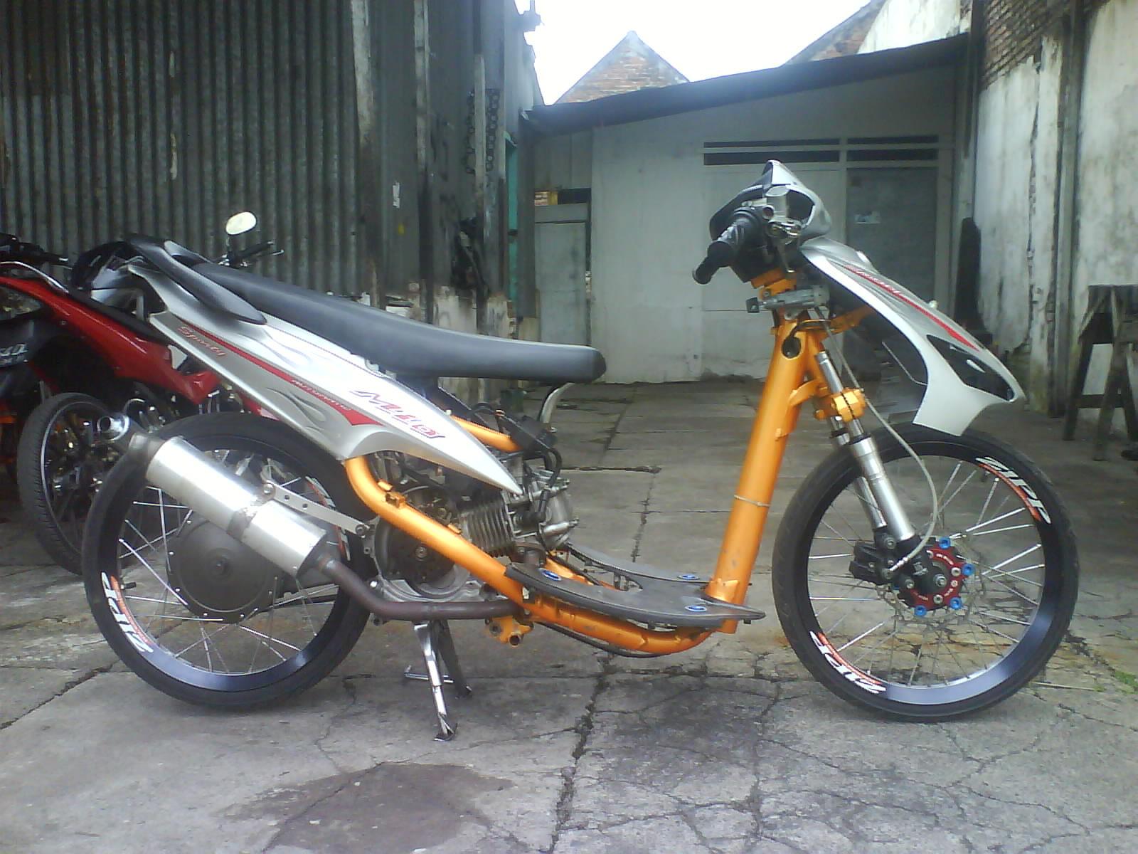 Drag Motor Silver Mio