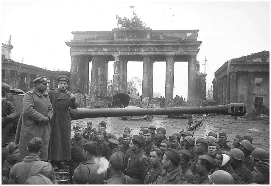 Echoes of World War II | Snapshots from Berlin  |Brandenburg Gate Ww2