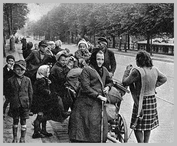 German women children 1945