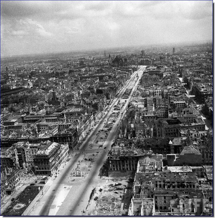 berlin-destroyed-1945-end-ww2-second-wor