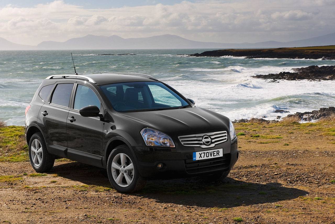 car news and cars gallery 2009 nissan qashqai 2. Black Bedroom Furniture Sets. Home Design Ideas
