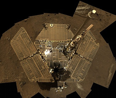 A mosaic of images that Mars rover Spirit took of itself