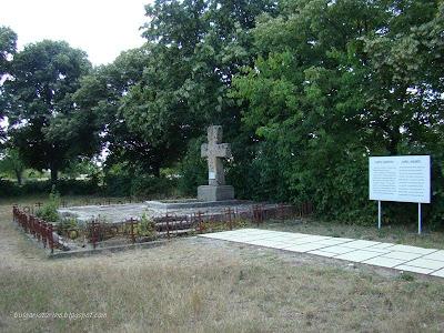 Гроба на Карел Шкорпил в Плсика