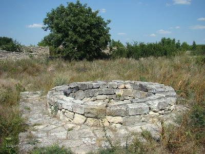 Кладенеца в близост до Голямата Базилика