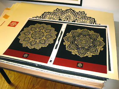 shepard fairey obey giant holiday 2010 prints