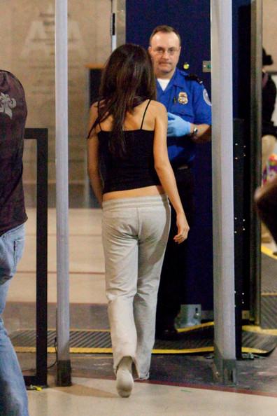 Selena Gomez Gets Mean At Lax Media Crumbs