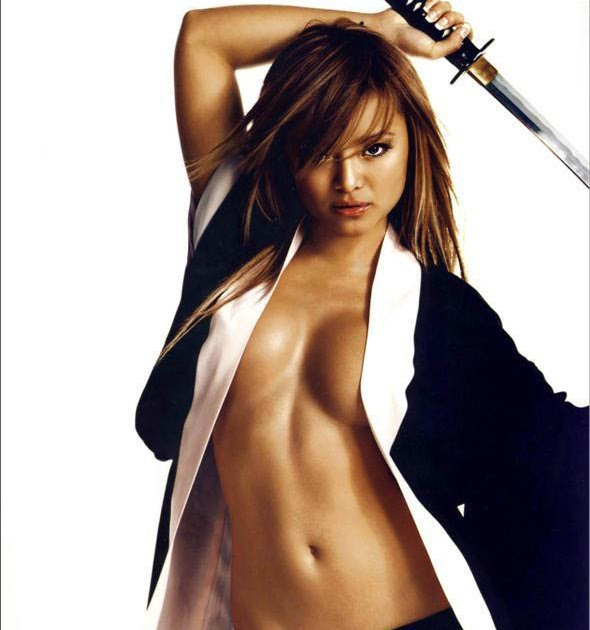 Tila Tequila Sexy Pic 4