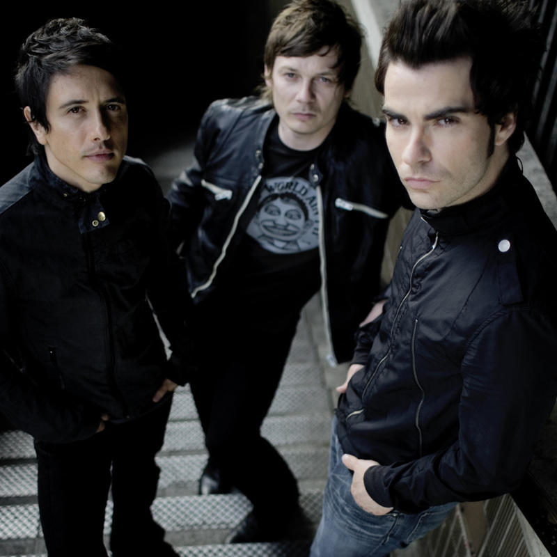Get the Look - Kelly Jones