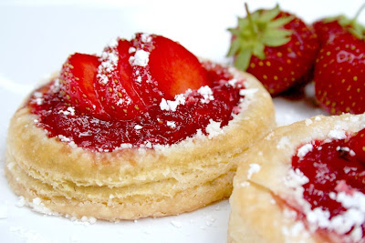 Strawberry Apple Puffed Pastry Treat | myhumblekitchen.com