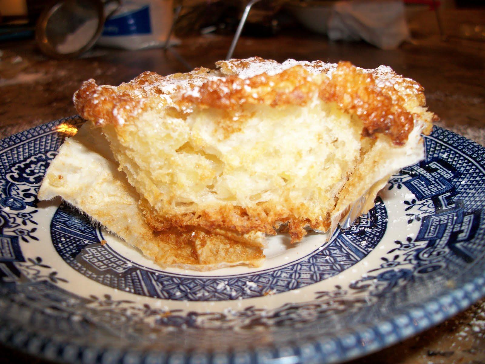 The Wasp Foodie Pineapple Angel Food Cupcakes