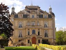 Nightingale' Secret Speakeasy French Chateau