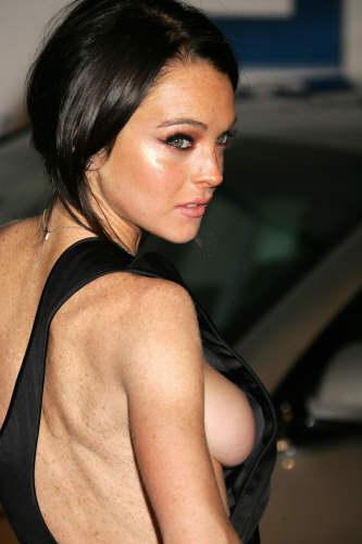 lindsay lohan breasts