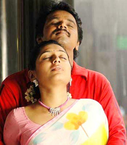 padmapriya hot in surya film awards - photo #31