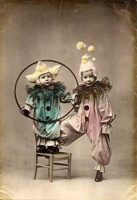 Carte postale ancienne, enfant déguisé