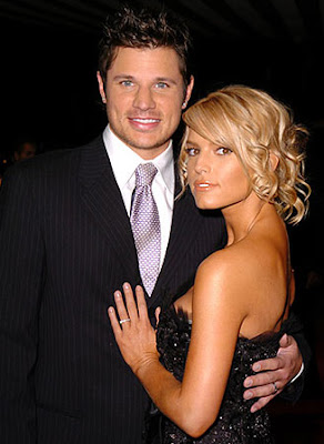 You nick lachey and vanessa minnillo hot tub apologise, but