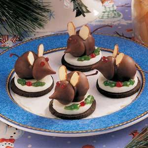 Oodlekadoodle Primitives: CHRISTMAS EVE MICE,CHOCOLATE ...