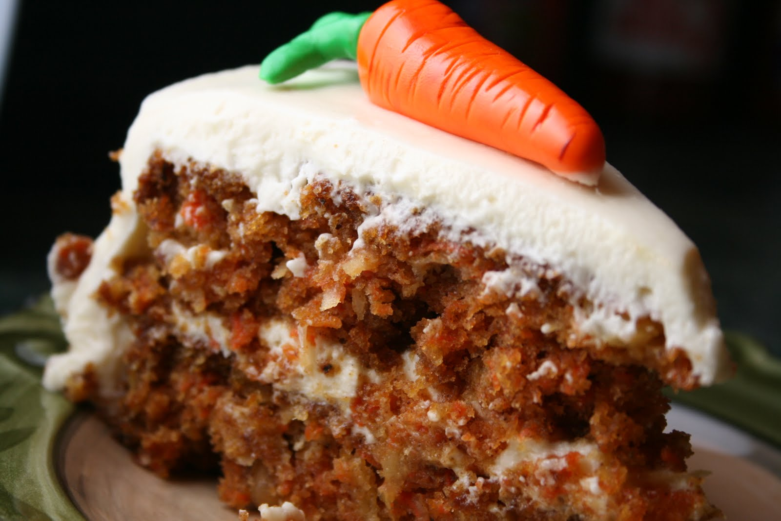 Carrot Cake with Fondant/Gumpaste Carrots