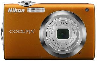 Nikon Coolpix S3000- stylish and fashion