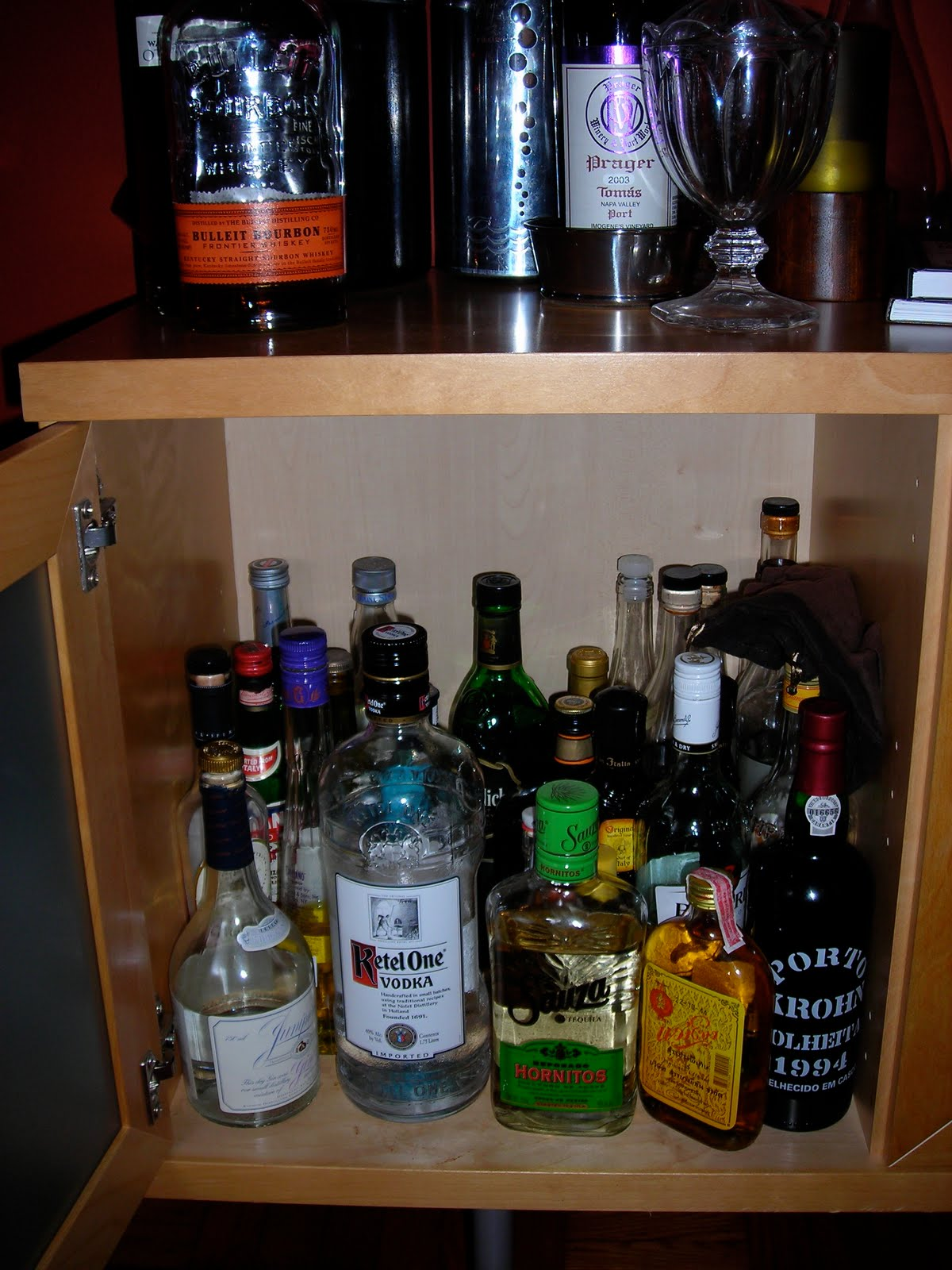 Well Stocked Liquor Cabinet Www Stkittsvilla Com & stocking liquor cabinet | Creativeadvertisingblog.com